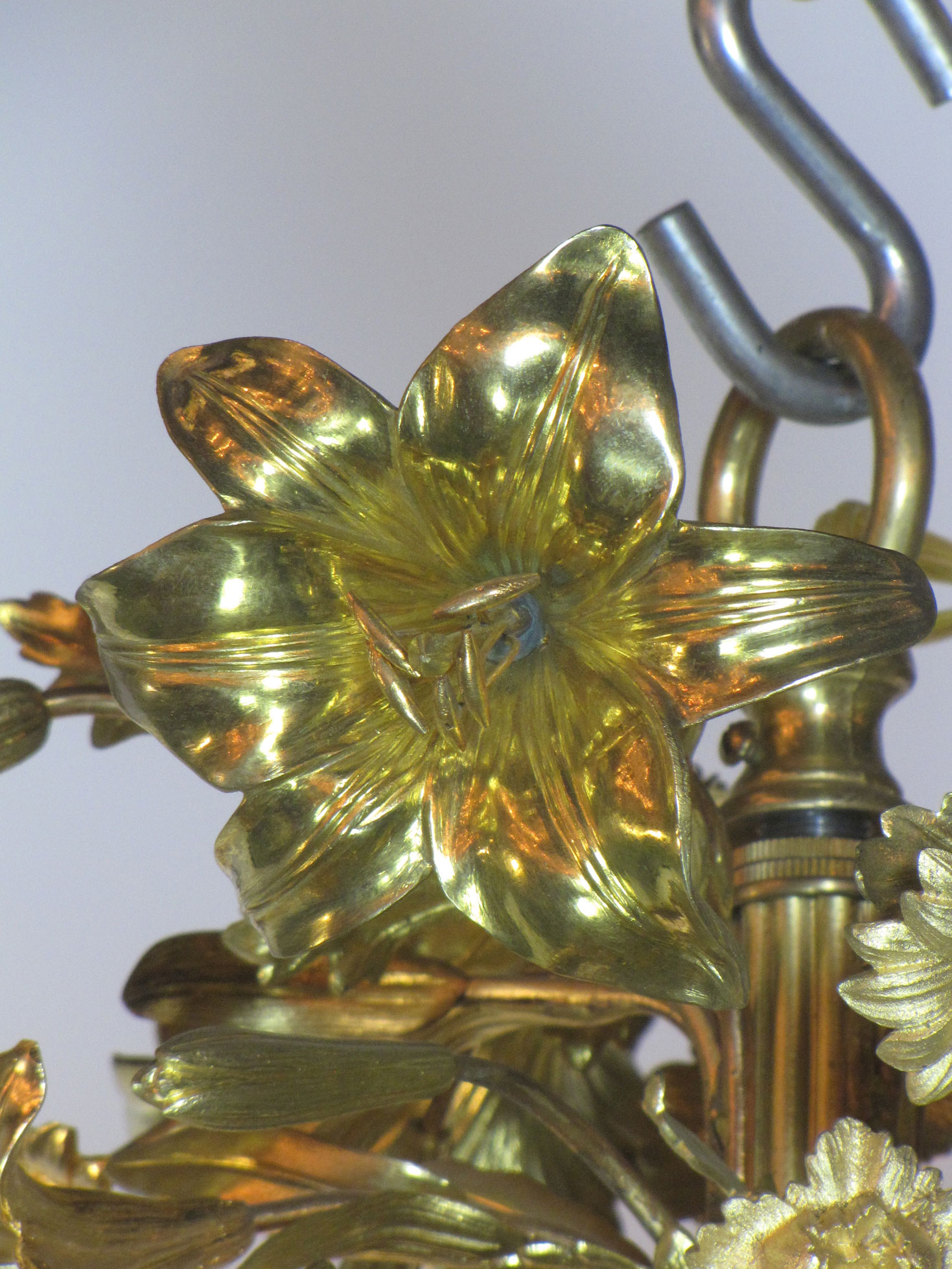 C292j & Gilt Lily Chandelier - Appleton Antique Lighting