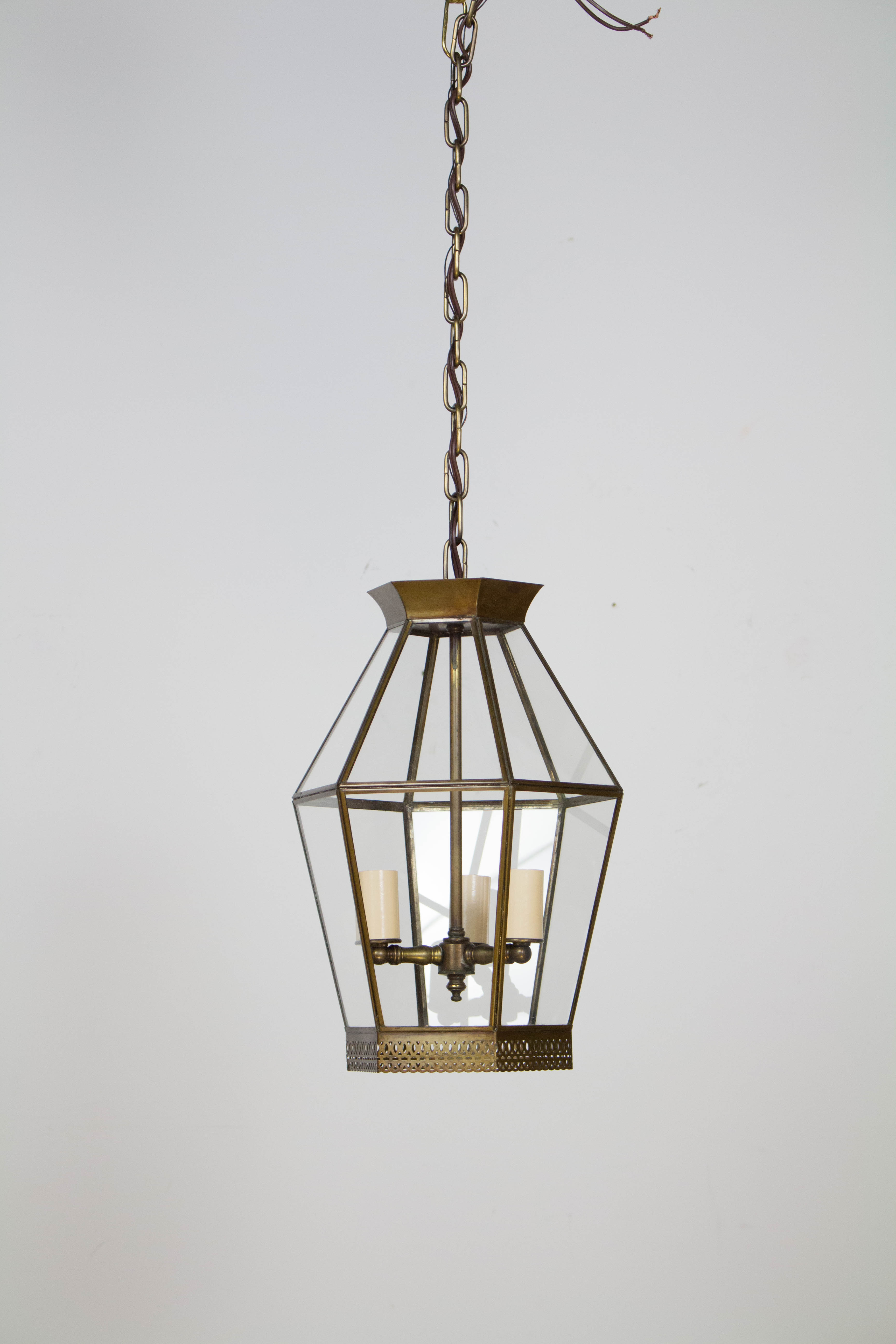 Three Light Hexagonal Gl Lantern