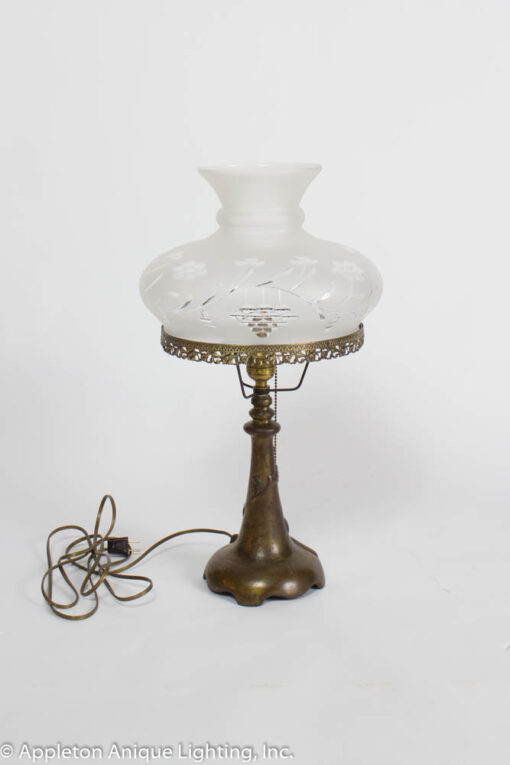 T265 Electrified Gas Table Lamp with Glass